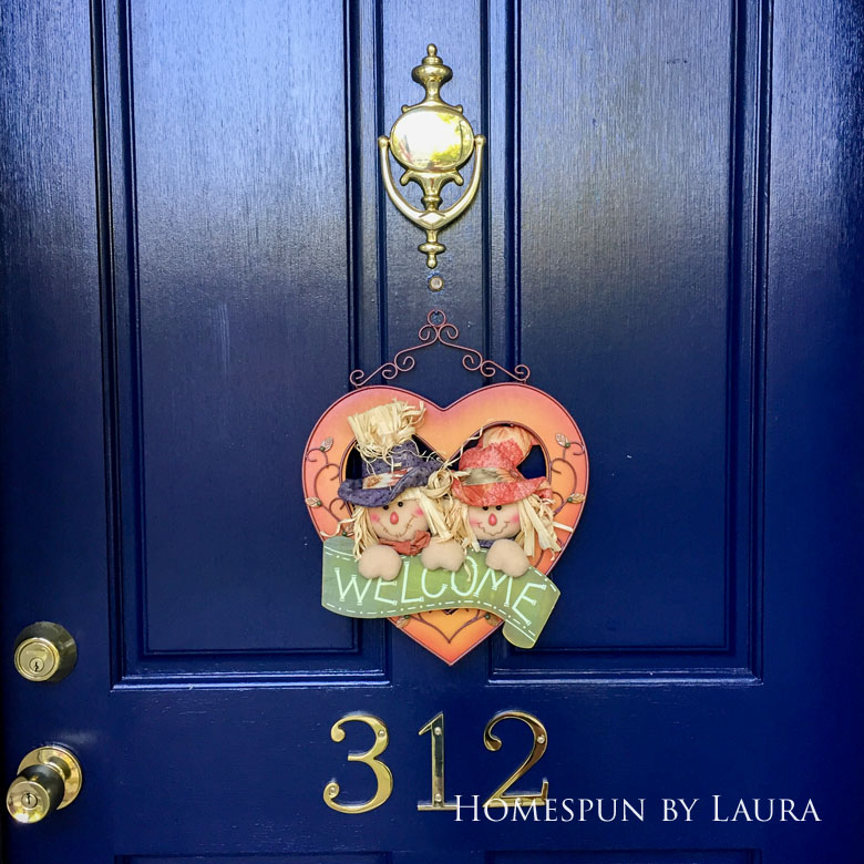 Front door paint and decor   Homespun by Laura